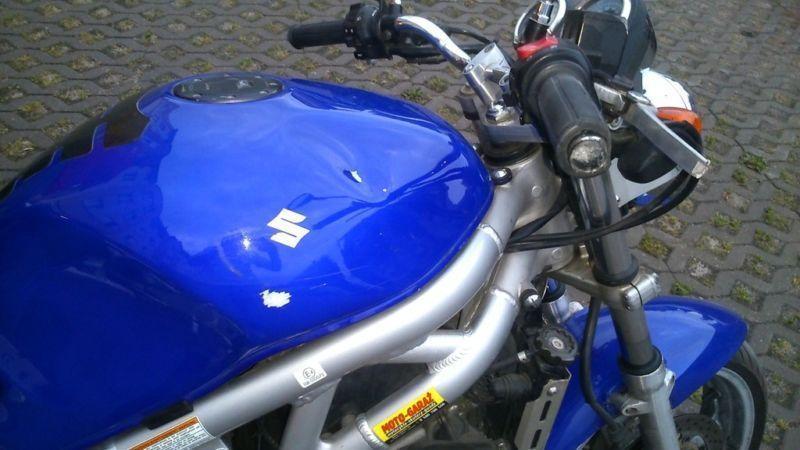 Motocykl Suzuki Sv650N 2002