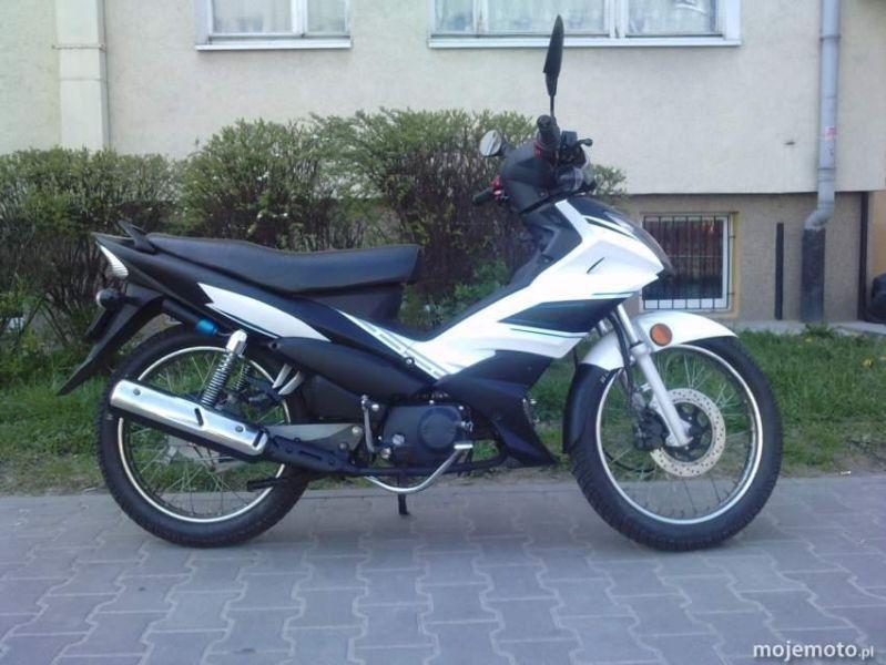 Motorower Romet OGAR 900 :: YAMAHA X-1 :: Kat. B i A1 :: Skuter