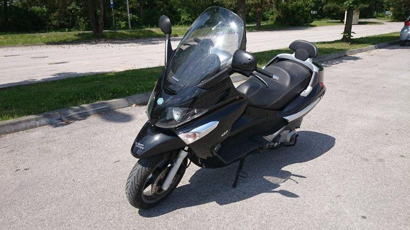 PIAGGIO X EVO 125ccm, 2009r