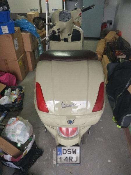 Piaggio Vespa GT200