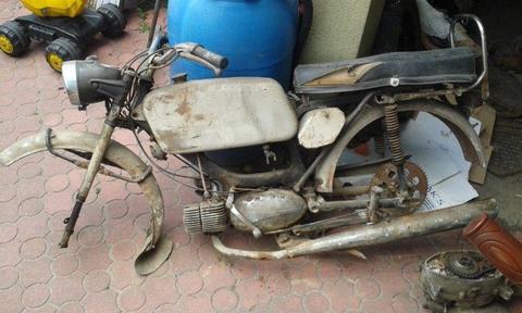 Jawa 50 + zapasowy silnik