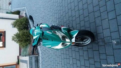 Generic skuter