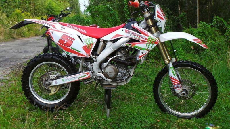 Honda CRF250X 2006 lepsza niż Yamaha WR250F